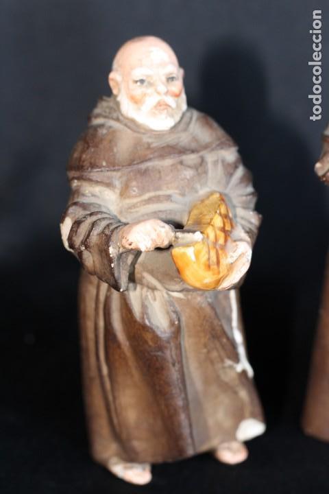 Antigüedades: DE COLECCIÓN TRES ANTIGUOS FRAILES DE ALGORA NUMERADOS Y FIRMADOS EN BASE - Foto 6 - 154164822