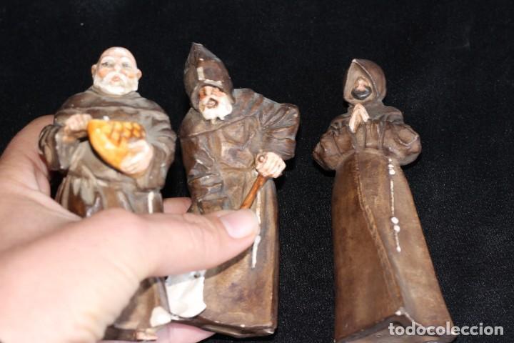 Antigüedades: DE COLECCIÓN TRES ANTIGUOS FRAILES DE ALGORA NUMERADOS Y FIRMADOS EN BASE - Foto 14 - 154164822