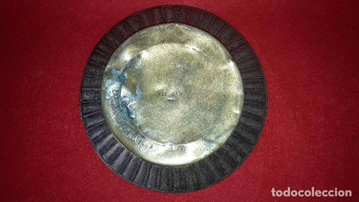 Antigüedades: HOSTIARIO , PATENA EUCARISTICA EN BRONCE LABRADO - Foto 5 - 154201818
