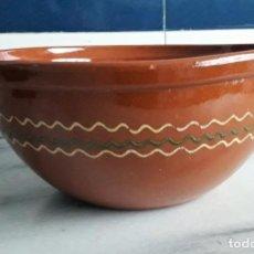 Antigüedades: GAZPACHERA. LEBRILLO DE BARRO ESMALTADO.. Lote 154202150