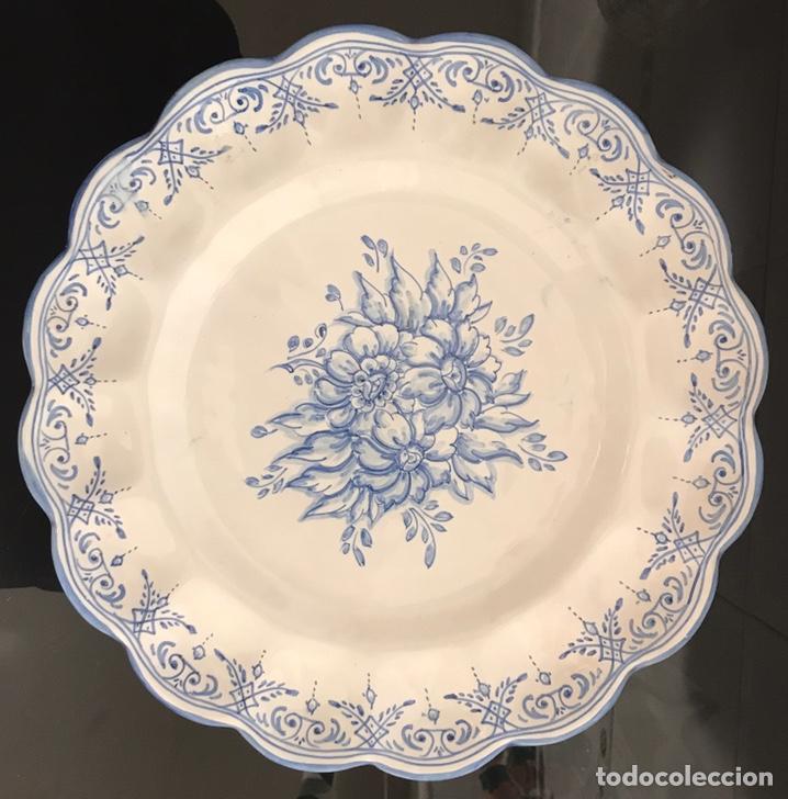 PLATO TALAVERA ALFAR DEL TAJO 30CM (Antigüedades - Porcelanas y Cerámicas - Talavera)