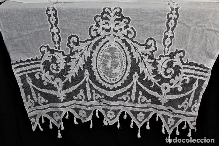 Antigüedades: t4 Cortina modernista en batista, con bordados manuales de malla, y aplicaciones. Fines s XIX - Foto 2 - 154247130