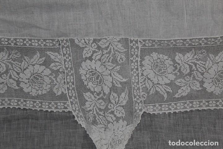 Antigüedades: t4 Cortina modernista en batista, con bordados manuales de malla, y aplicaciones. Fines s XIX - Foto 7 - 154247130