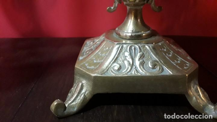 Antigüedades: Pareja de candelabros franceses en cobre S. XIX - Foto 3 - 154268698