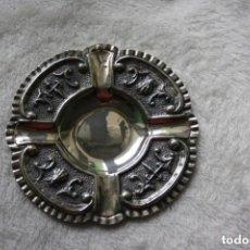 Antigüedades: CENICERO EN PLATA DE LEY 925 CON CONTRASTES TRABAJO DE ORFEBRERÍA . Lote 154277194