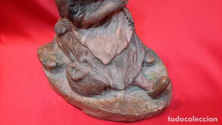 Antigüedades: INTERESANTE ESCULTURA EN TERRACOTA. FIRMA DEL AUTOR. - Foto 17 - 154345914
