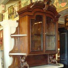 Antigüedades: APARADOR ISABELINO EN MADERA DE PALOSANTO . Lote 154381626