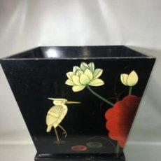 Antigüedades: ANTIGUA JARDINERA EN LACA ORIGINAL CHINA ARTE ORIENTAL 50X38X32. Lote 154382026