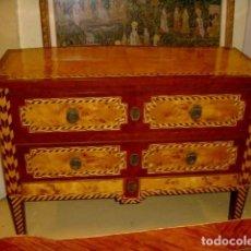Antigüedades: COMODA PORTUGUESA TARACEADA . Lote 154389218