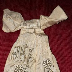 Antigüedades: ANTIGUO LAZO BORDADO EN HILO ORO. Lote 154450844