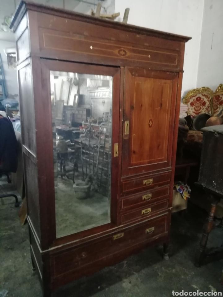 ANTIGUO ARMARIO MODERNISTA (Antigüedades - Muebles Antiguos - Armarios Antiguos)