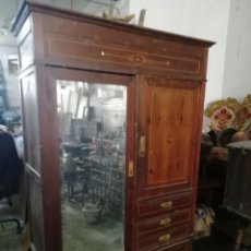 Antigüedades: ANTIGUO ARMARIO MODERNISTA. Lote 154496442