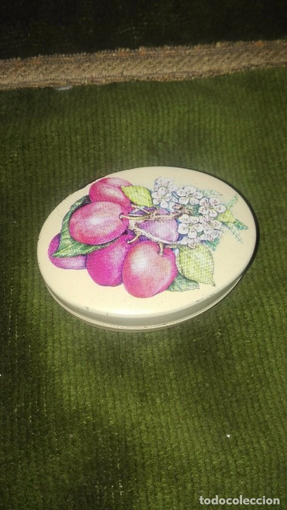 Antigüedades: Jabón inglés en cajita metálica antiguo - Foto 2 - 154499222