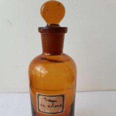 Antigüedades: EXCELENTE FRASCO DE FARMACIA COLOR AMBAR. Lote 154537446