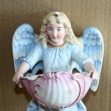 Antigüedades: PRECIOSA BENDITERA DE BISCUIT -SG XIX-20 CM.. Lote 154565806