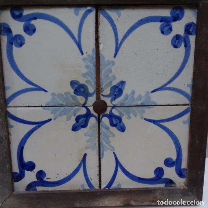 PLAFÓN 4 AZULEJOS ANTIGUOS DE PORCELANA CATALANA. (Antigüedades - Porcelanas y Cerámicas - Catalana)
