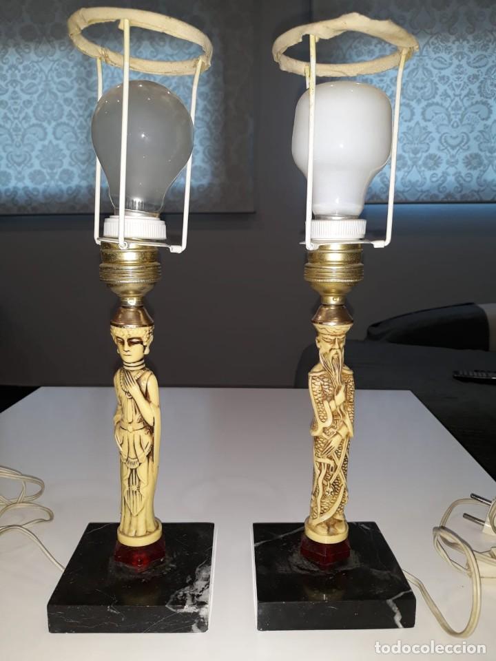 Antigüedades: Pareja de lámparas de mesa de monje y sacerdotisa chinos con base de mármol - FUNCIONAN. Años 70/80. - Foto 11 - 154573654
