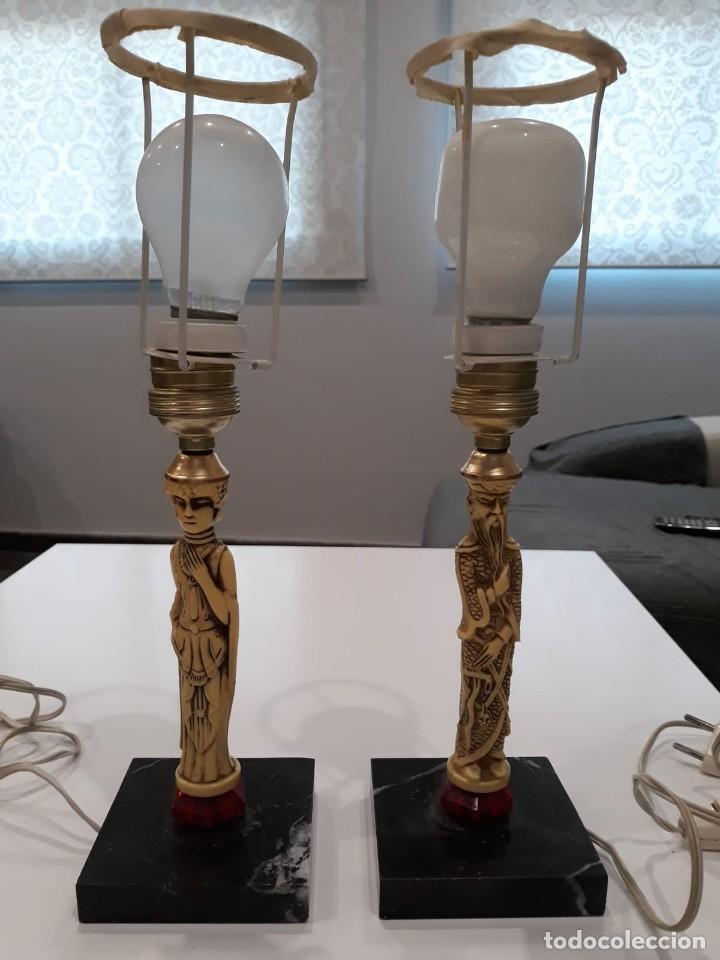 Antigüedades: Pareja de lámparas de mesa de monje y sacerdotisa chinos con base de mármol - FUNCIONAN. Años 70/80. - Foto 13 - 154573654