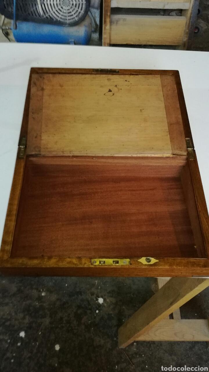 Antigüedades: Escritorio de barco o de viaje con herrajes de laton - Foto 10 - 154592536