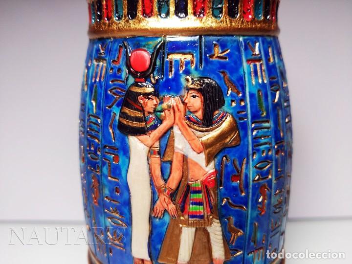 Antigüedades: Bello búcaro o jarrón egipcio de la casa Veronese (2004) pintado a mano - Incluye embalaje original - Foto 3 - 154785962