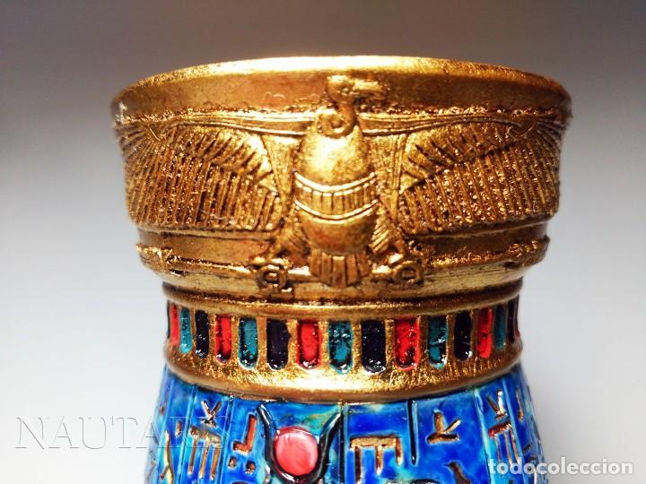 Antigüedades: Bello búcaro o jarrón egipcio de la casa Veronese (2004) pintado a mano - Incluye embalaje original - Foto 5 - 154785962