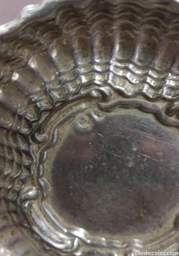 Antigüedades: Plato Bandeja plata de ley punzon estrella y otro - Foto 3 - 171096908