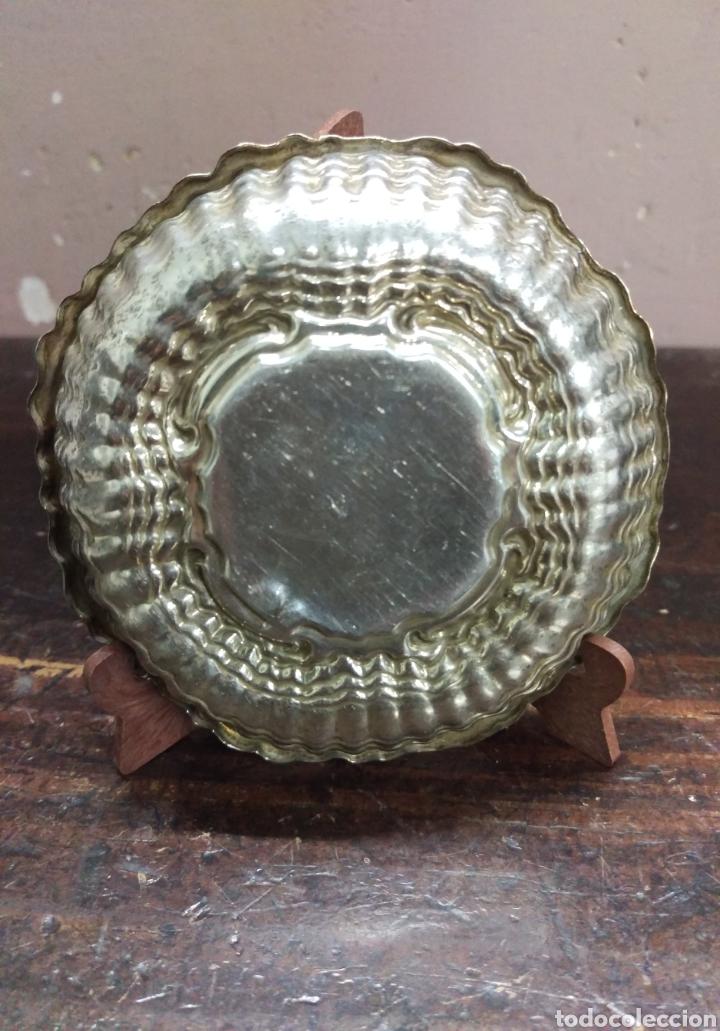 Antigüedades: Plato Bandeja plata de ley punzon estrella y otro - Foto 5 - 171096908