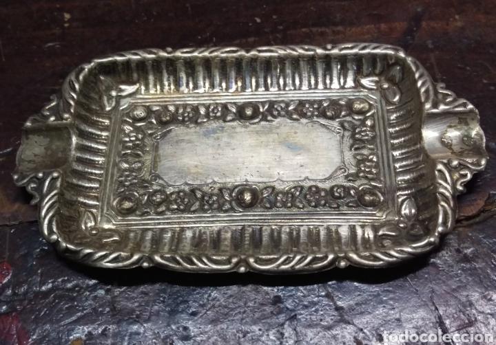 Antigüedades: Cenicero Bandeja plata de ley punzon estrella y otro - Foto 4 - 154825610