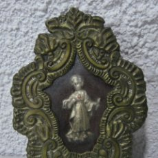 Antigüedades: ANTIGUO RELICARIO. METAL PLATEADO. NIÑO JESÚS.. Lote 154832602