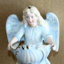 Antigüedades: BENDITERA DE BISCUIT-ANGELITO- PERFECTO ESTADO.. Lote 154866798