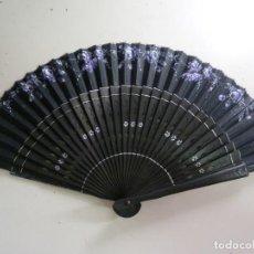 Antigüedades: ABANICO ANTIGUO. VARILLAS DE ÉBANO. Lote 154914354