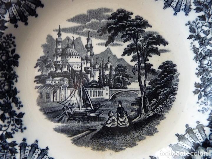 Antigüedades: ANTIGUO PLATO HONDO DECORACIÓN CARTUJANA, DE LOZA PICKMAN, S.A. SEVILLA CARTUJA. 23,8 cm. - Foto 2 - 154925102