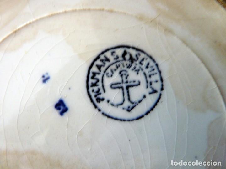 Antigüedades: ANTIGUO PLATO HONDO DECORACIÓN CARTUJANA, DE LOZA PICKMAN, S.A. SEVILLA CARTUJA. 24 cm. (3) - Foto 4 - 154925394