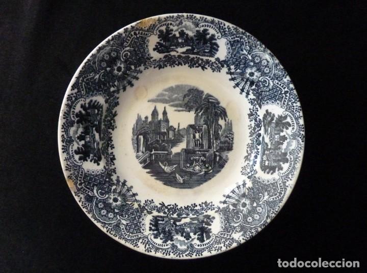 ANTIGUO PLATO HONDO DECORACIÓN CARTUJANA, DE LOZA PICKMAN, S.A. SEVILLA CARTUJA. 23 CM. (Antigüedades - Porcelanas y Cerámicas - La Cartuja Pickman)