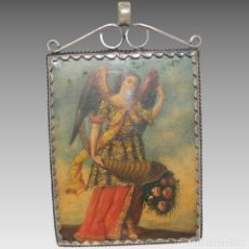 Antigüedades: ANTIGUO RELICARIO LÁMINA COBRE DOS ARCÁNGELES MARCO PLATA. Lote 142213558