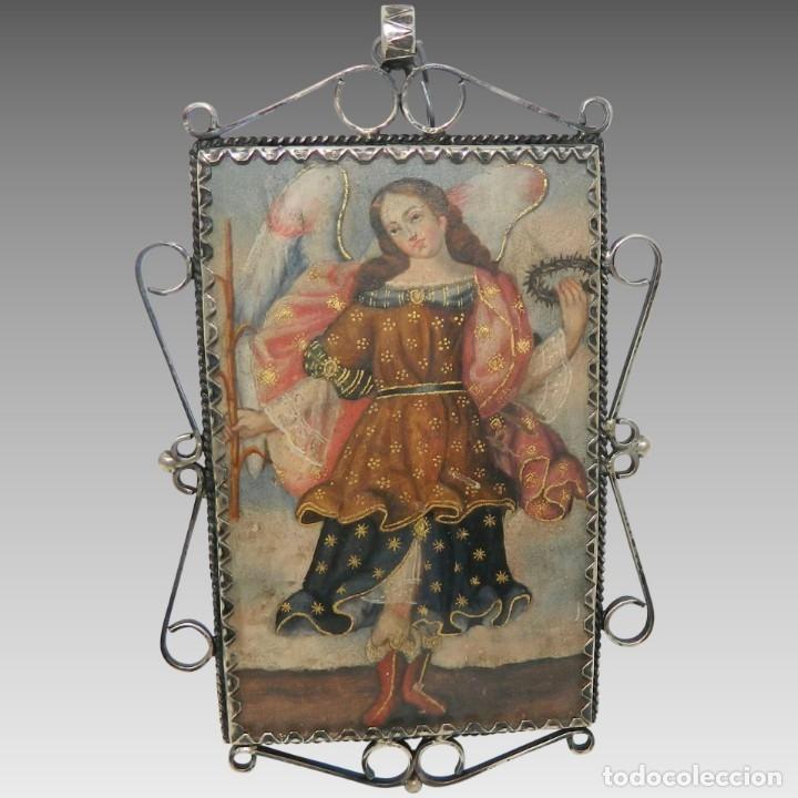 ANTIGUO RELICARIO LÁMINA COBRE JESÚS Y ARCÁNGEL MARCO PLATA (Antigüedades - Religiosas - Relicarios y Custodias)