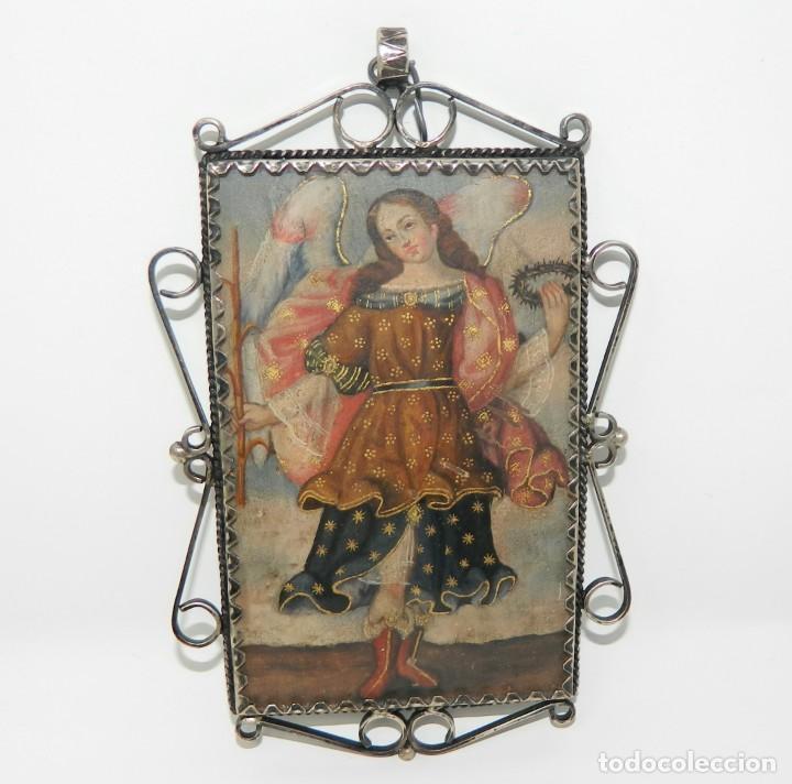 Antigüedades: Antiguo Relicario Lámina Cobre Jesús y Arcángel Marco Plata - Foto 2 - 142213630