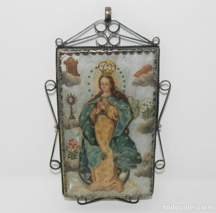 Antigüedades: Antiguo Relicario Madreperla Virgen María y Arcángel Marco Plata - Foto 2 - 142213666