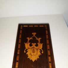 Antigüedades: ANTIGUA CAJA DE MADERA PARA CIGARROS. Lote 154967498