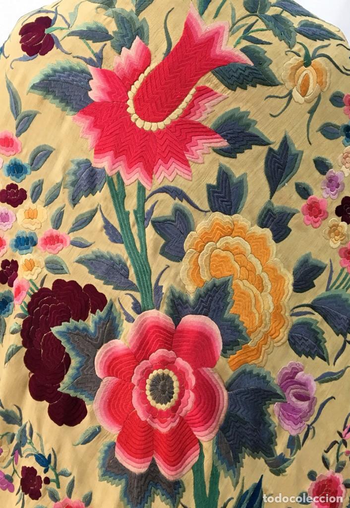 Antigüedades: Manton de manila antiguo amarillo de tulipanes - Foto 6 - 154968190