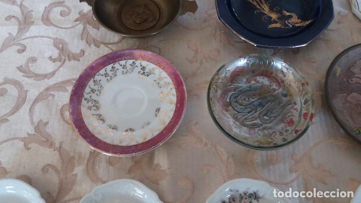 Antiquitäten: Gran Lote de Platos decorativos, varias marcas, materiales y años - Foto 16 - 154988622