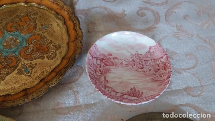 Antiquitäten: Gran Lote de Platos decorativos, varias marcas, materiales y años - Foto 17 - 154988622