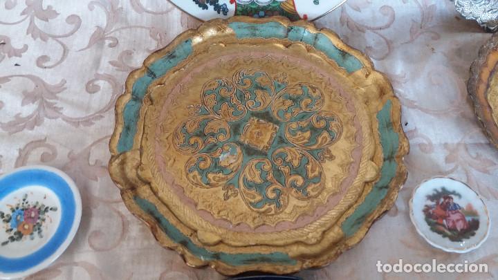 Antiquitäten: Gran Lote de Platos decorativos, varias marcas, materiales y años - Foto 4 - 154988622