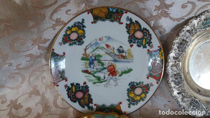 Antiquitäten: Gran Lote de Platos decorativos, varias marcas, materiales y años - Foto 11 - 154988622