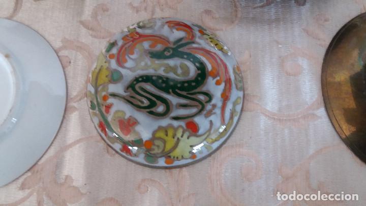 Antiquitäten: Gran Lote de Platos decorativos, varias marcas, materiales y años - Foto 24 - 154988622