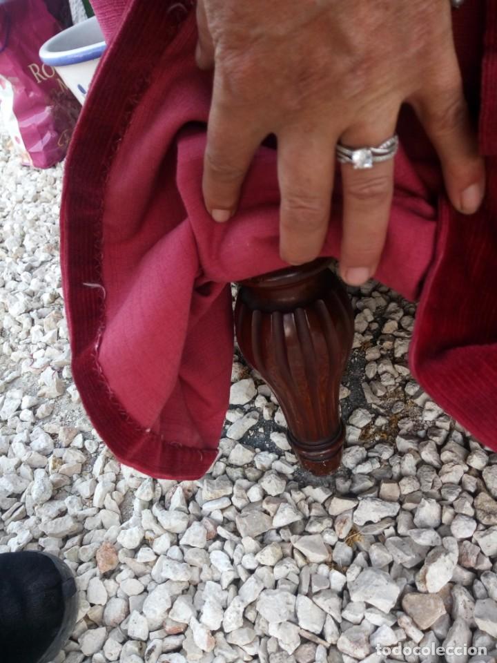 Antigüedades: Antiguo sofa isabelino tapizado rojo madera noble,patas torneadas. - Foto 6 - 155005966