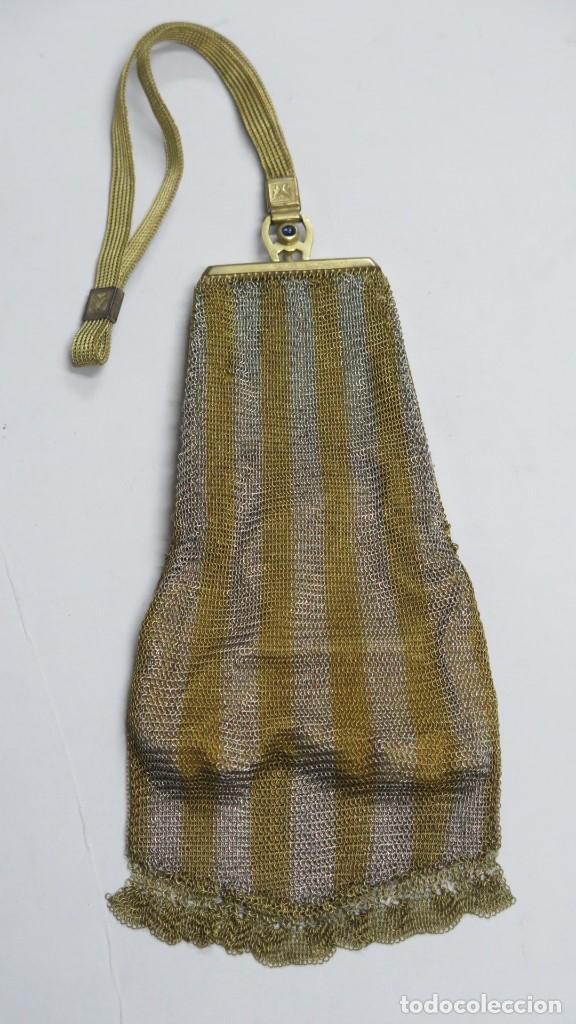 PRECIOSO BOLSO DE MALLA PLATEADA Y DORADA. AÑOS 20 (Antigüedades - Moda - Bolsos Antiguos)