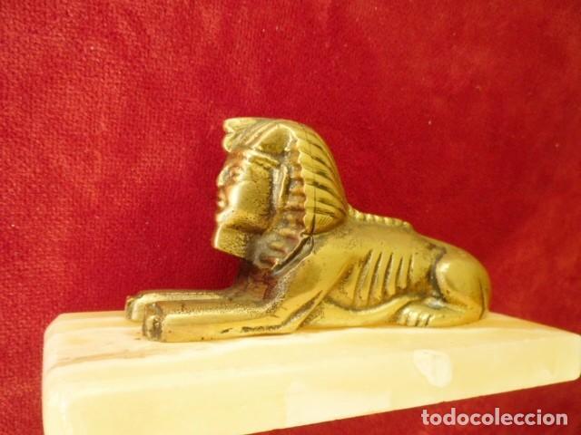 Antigüedades: ESFINGE EGIPCIA DE BRONCE SOBRE MÁRMOL BLANCO PERFECTA - Foto 7 - 155047550