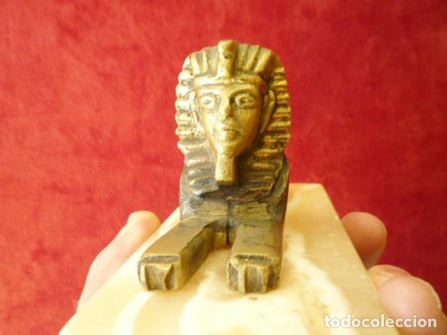 Antigüedades: ESFINGE EGIPCIA DE BRONCE SOBRE MÁRMOL BLANCO PERFECTA - Foto 8 - 155047550