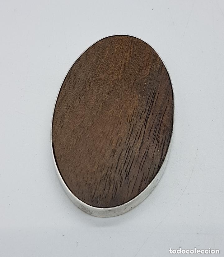 Antigüedades: Precioso marquito antiguo de plata de ley y marfil con marquetería de colores incrustada. - Foto 5 - 155078830